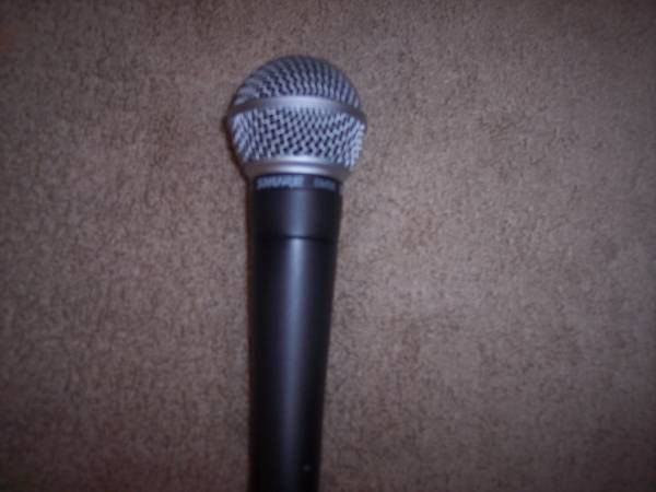 Photo Shure SM58 microphone mint condition - $65 (Mulberry, FL)