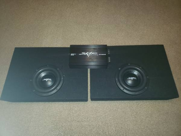 Photo Skar Audio 8quot subs with Amp-$200.. With Ground shaker enclosures-$300 - $300 (Winter Haven)