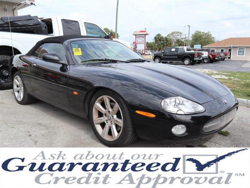 Photo Used 2004 Jaguar XK8 Convertible for sale