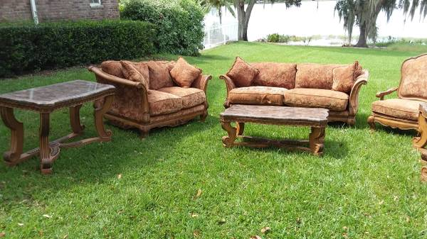 Photo reduced 7 piece matching living room suite - $550 (cypress gardens)