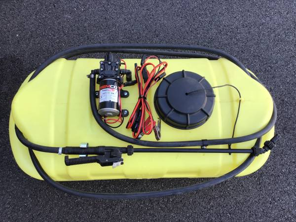 Photo 15 gallon portable sprayer - $90 (Lancaster)