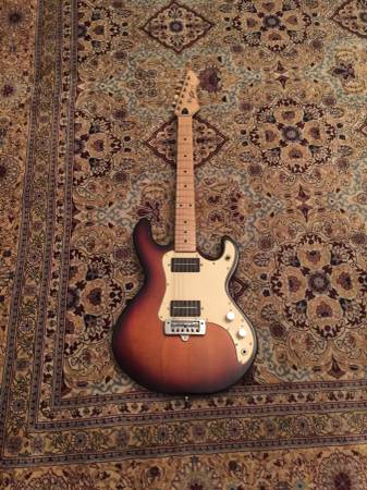 Photo 1982 Made in USA Peavey T-15 Electric Guitar - $376 (Columbia)