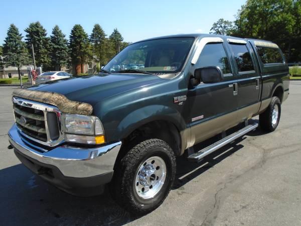Photo 2004 ford f250 lariat 6.0 diesel crewcab 4x4 - $15,995 (ELIZABETHTOWN)