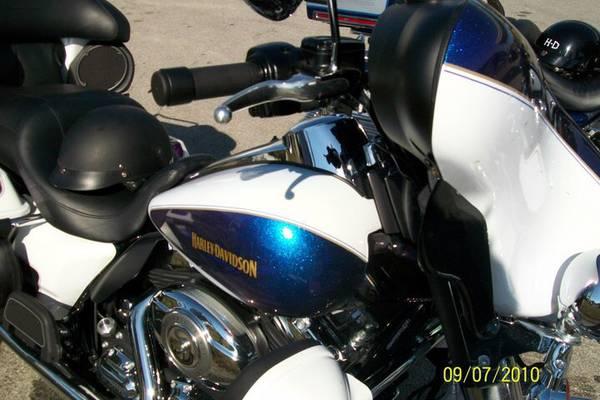 Photo 2010 Harley Davidson Ultra Classic Electra Glide - $9,000 (Honey Brook)