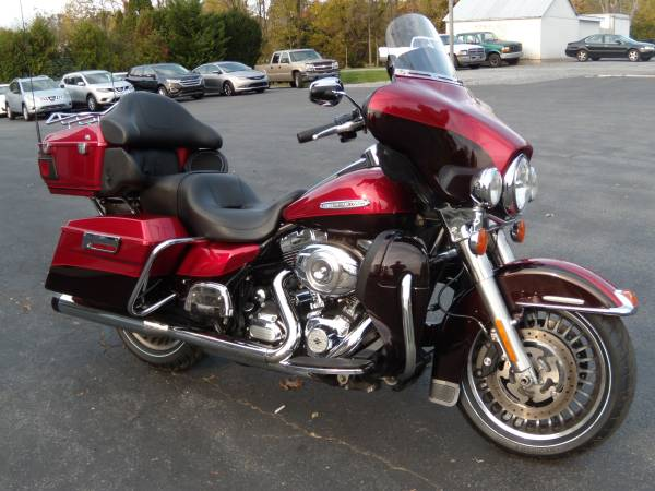 Photo 2012 HARLEY-DAVIDSON FLHTK quotULTRA LIMITEDquot 34K NEW TIRES ONE OWNER $$$ - $11,495 (BROWNSTOWN PA)