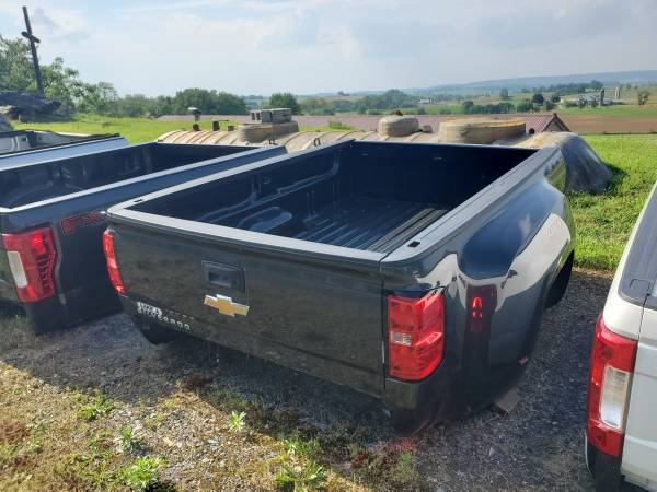Photo 2014-2019 Chevy 3500 Dually Takeoff Beds for Sale - $1,795 (Gap, PA)