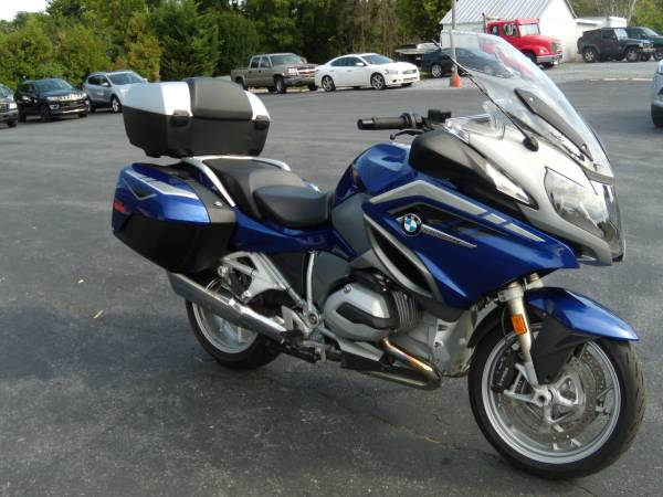 Photo 2016 BMW R1200RT ONLY 20K RECENT SERVICE AND NEW TIRES - $10,495 (BROWNSTOWN PA)