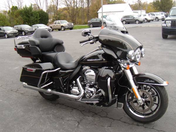 Photo 2016 Harley-Davidson Ultra Limited Low FLHTKL 6691 MILES - $16,995 (BROWNSTOWN PA)