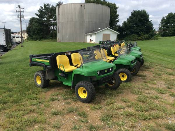 Photo 2017 John Deere TX 4X2 Gators - Varying Hours - $7300 (Bomberger39s)