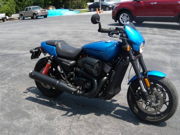 Photo 2018 HARLEY-DAVIDSON STREET ROD XG750A ONLY 5124 MILES - $6,995 (BROWNSTOWN PA)