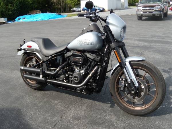 Photo 2020 HARLEY-DAVIDSON FXLRS quotLOW RIDER Squot 1272 MILES - EXTRAS - BARGAIN - $17,995 (BROWNSTOWN PA)