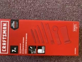 Photo 7 pc Craftsman trim remover kit - $17 (Manheim)