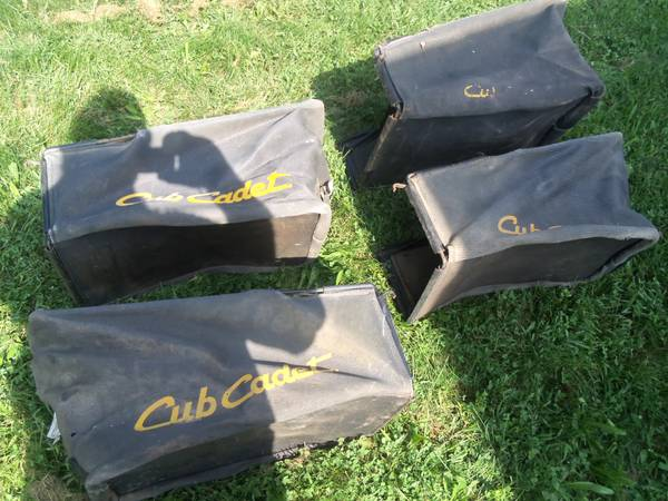Photo Cub Cadet Bagger  Grass Catcher for Lawn Mower - $20 (Reinholds, PA)