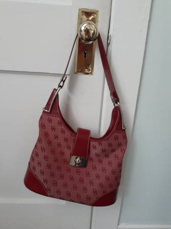 Photo DOONEY AND BOURKE PURSE - $20 (Lancaster)