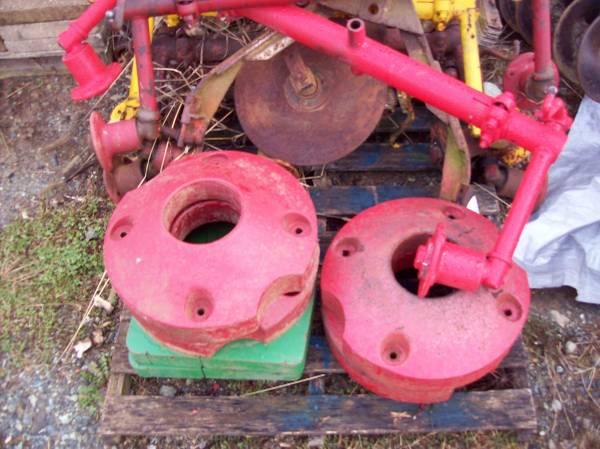 Photo Farmall cub rear wheel weights - $150 (Lancaster)