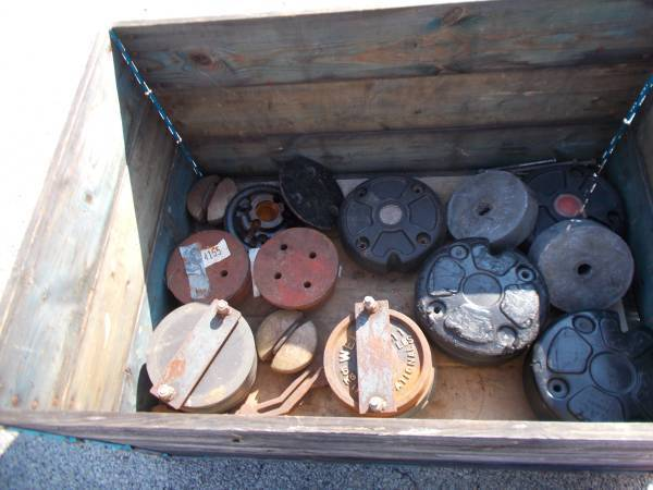 Photo Garden Tractor Wheel Weights 1239 Rim John Deere Ford Toro - $75 (malvern)