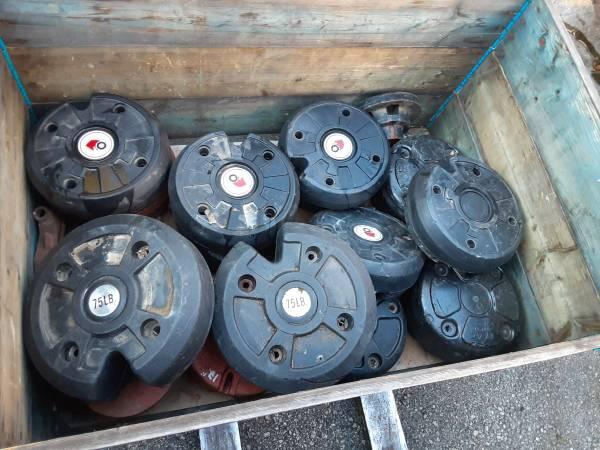 Photo Garden Tractor Wheel Weights 1239 Rim John Deere Ford Toro - $75 (malvern)