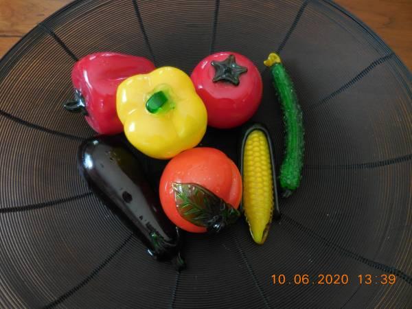 Photo Hand blown glass fruit vegetables Murano like - $40 (Lancaster)