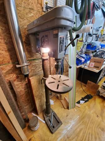 Photo Heavy Duty Duracraft Floor Drill Press (EPHRATA)