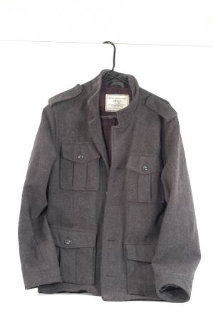 Photo Men39s SMALL OLD NAVY WOOL Jacket - $10 (New Danville)