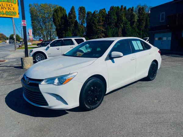 Photo Price Reduced 2016 Toyota Camry 4D Black Rims New Inspection  Tires - $12,999 (Columbia)
