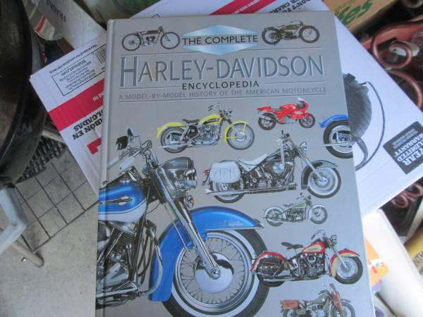 Photo The Complete Harley Davidson Encyclopedia - $10 (Oxford PA)