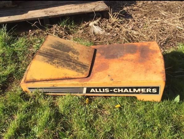Photo Vintage Simplicity, Allis Chalmers Garden Tractor Parts