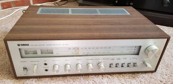 Photo Vintage Yamaha CR-600 Stereo Receiver - $175 (Coatesville)