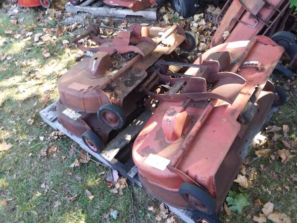 Photo Wheel Horse 3639 3739 Parts Mower Decks - $20 (malvern)