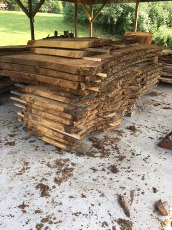 Photo White Oak Live Edge - over 10 ft long x 48 in wide x 2 12 in thick - $200 (Lewistown PA)