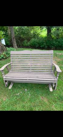 Photo Wood glider Bench and Adirondack chair. Outdoor furniture - $200