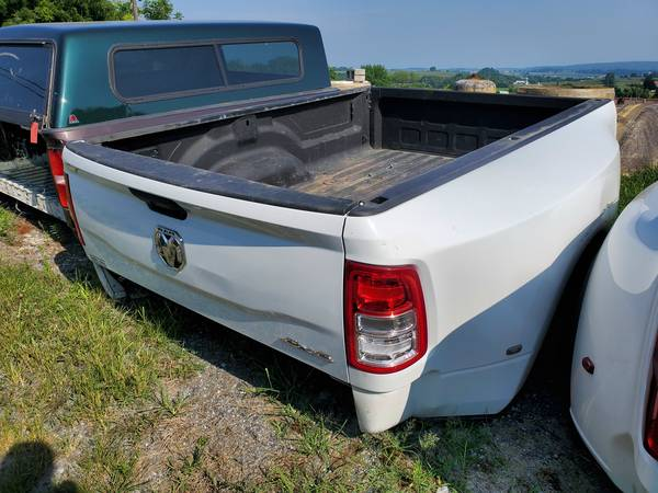 Photo - 2019 2020 2021 Dodge Ram 3500 Dually Bed for Sale - $2,795 (Gap)