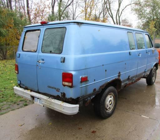 Photo 1995 Chevy Van 1 ton - $650 (N. Lansing)