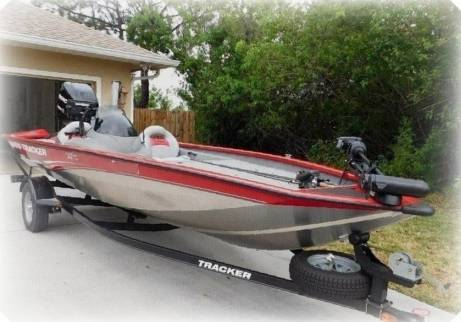 Photo 2015 Bass Tracker BOAT ONE OF THE CLEANEST AND BEST CARED - $1,400
