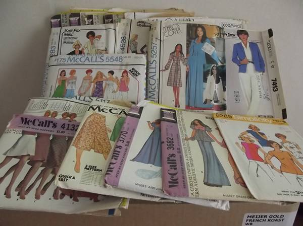 Photo 33 SEWING PATTERNS - Misses Jr Size 10-14 McCalls Simplicity Butterick - $25 (Lansing)