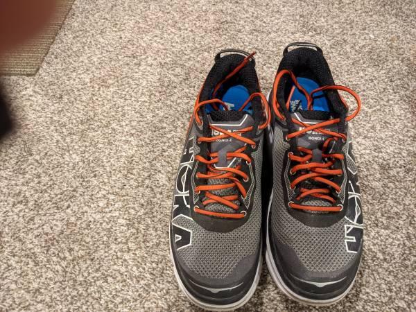 Photo Hoka running shoes size 9 - $35 (East Lansing)