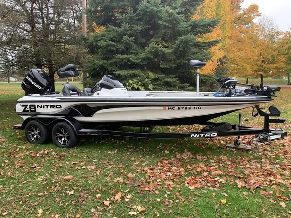 Photo Nitro Z8 bass boat - $24,000 (Leslie MI)