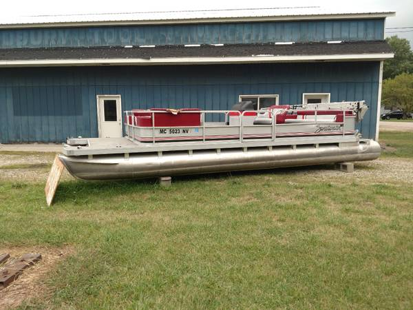 Photo Pontoon Boat For Sale - $3,800 (Lake Odessa)