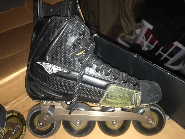 Photo Roller Blade in STYLE - $110 (Eaton Rapids)