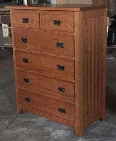 Photo USA Oak Dresser Excellent Cherry Table Mahagony Dresser Vanity Mirror - $888 (Old Town)