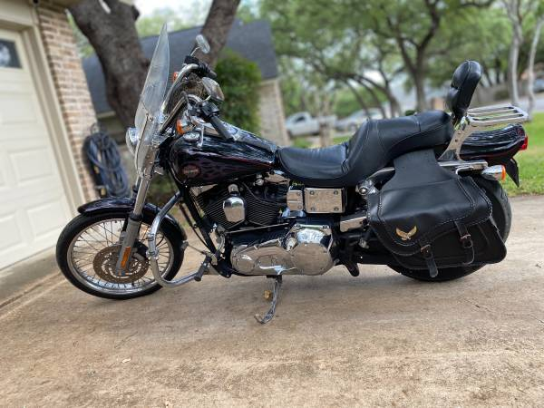 Photo 2002 Harley Davidson and 2002 Yamaha YZF R6 - $6,000 (San Antonio)
