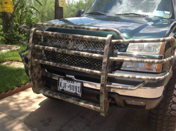 Photo 2004 Chevy silverado - $12000 (Laredo)