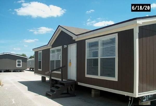 Photo 52,900 Used Double Wide Mobile Home 3 Bed 2 Bath (SAN ANTONIO)