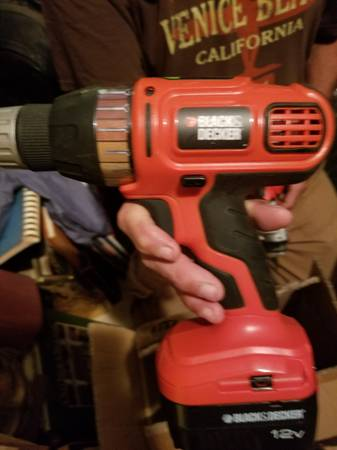 Photo DeWalt, Black and Decker drills - $15 (Edinburg)