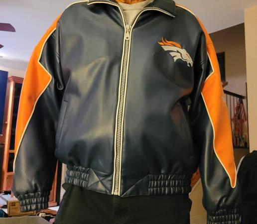 Photo Denver Broncos leather jacket - $65 (Harlingen)
