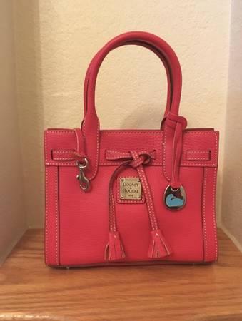 Photo Dooney  Bourke Red Mini Purse - $35 (Laredo)