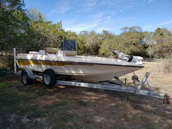 Photo FSOT Ranger Center Console Fishing Boat with Trailer and more - $7,900 (new braunfels)