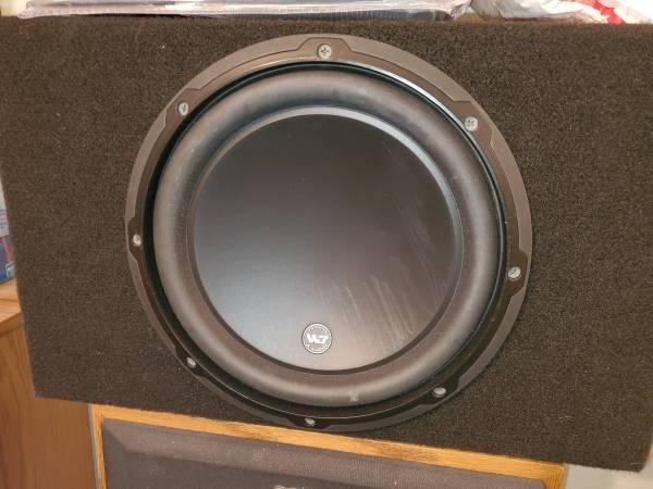 Photo Jl audio w3v3 subwoofer box - $450 (Laredo)