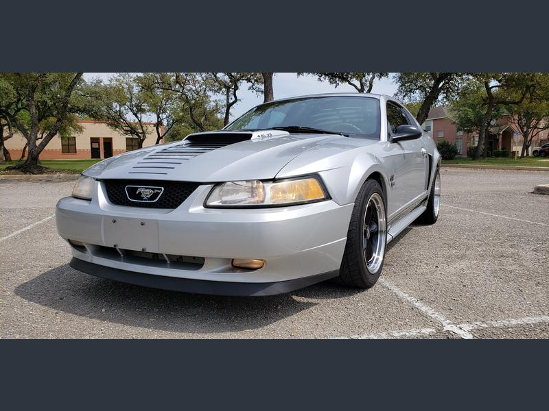 Photo Used 2003 Ford Mustang GT Coupe for sale
