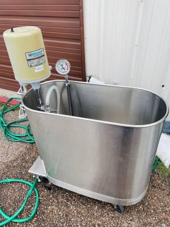 Photo Whitehall Model E-45-M Hydrotherapy wPump  Whitehall 45 Gallon Tub - $1,000 (Mcallen)